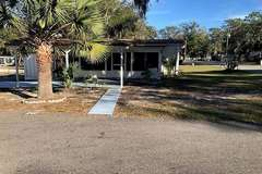 Manufactured / Mobile Home | Lady Lake, FL