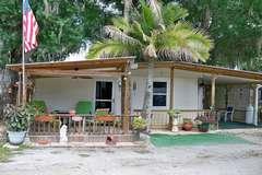 Manufactured / Mobile Home | Lorida, FL