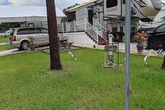Manufactured / Mobile Home   Lady Lake, FL