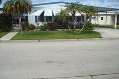 Manufactured / Mobile Home | Vero Beach, FL