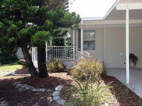 557 Casa Grande, Edgewater FL 32141