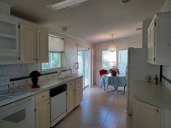 51 Winthrop Lane, Flagler Beach FL 32136