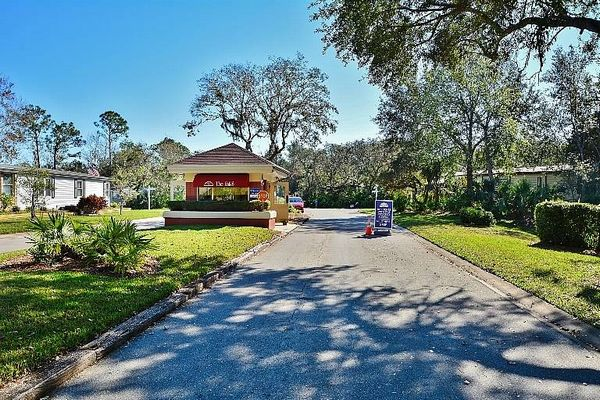 1 Windsor Falls Drive, Ormond Beach FL 32174