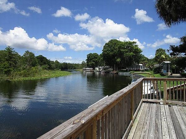 100 South Lake Drive, Leesburg FL 34788