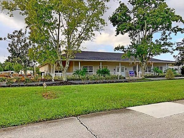 452 Wedgewood Court, Orange City FL 32763