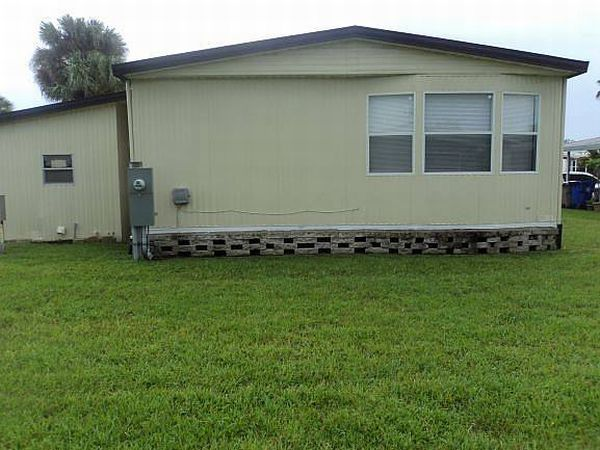 7300 20th St, Lot 611, Vero Beach FL 32966