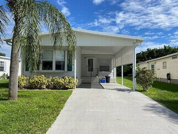 24 Del Sol, Port St. Lucie FL 34952