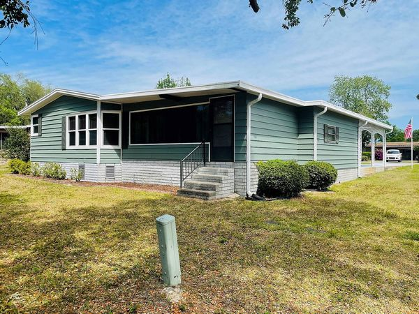 674 Pineview Drive, Orange City FL 32763